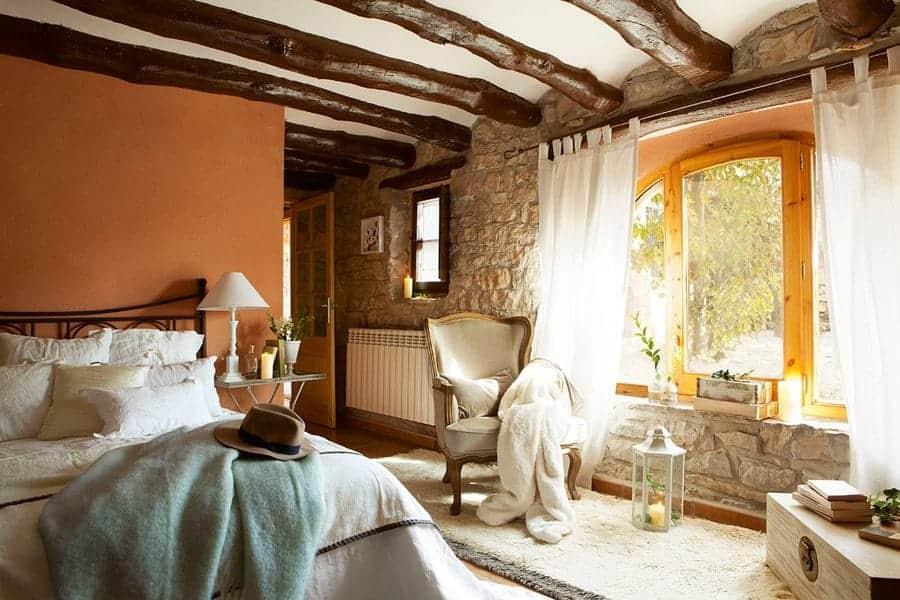 Habitaciones con encanto luciasecasa for Imagenes de techos rusticos