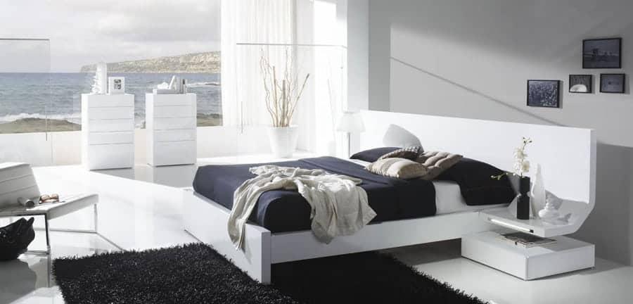 Habitaciones con encanto luciasecasa - Dormitorio con muebles blancos ...