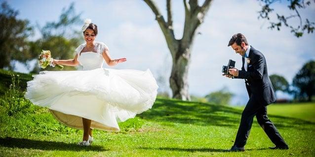 Fotografía divertida para bodas