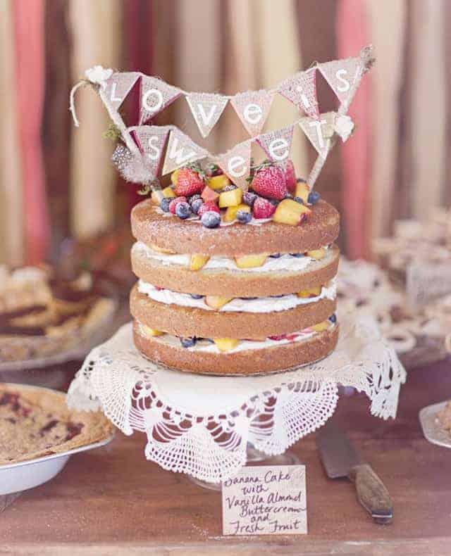 ¿Qué es un naked  rustic cake?