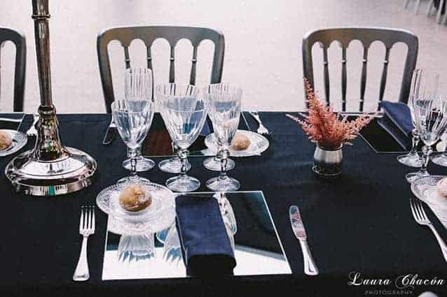 mesa y centro de mesa boda industrial chic