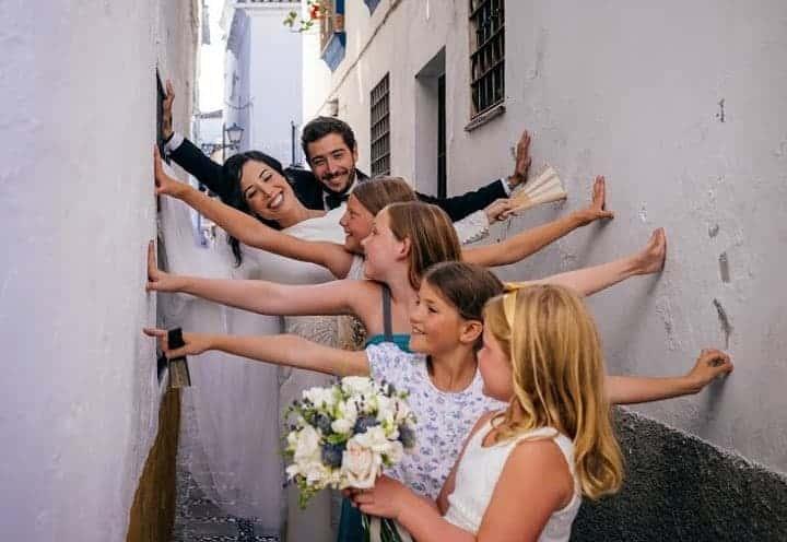 reportaje calles andalucia boda niñas