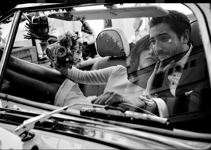 reportaje novios coche blanco y negro boda andalucia