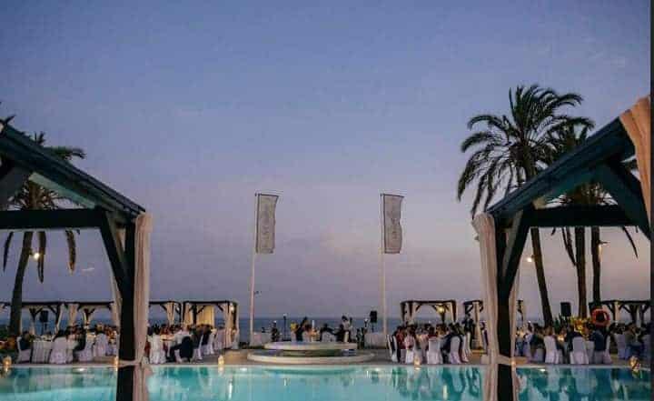 boda marbella playa novios