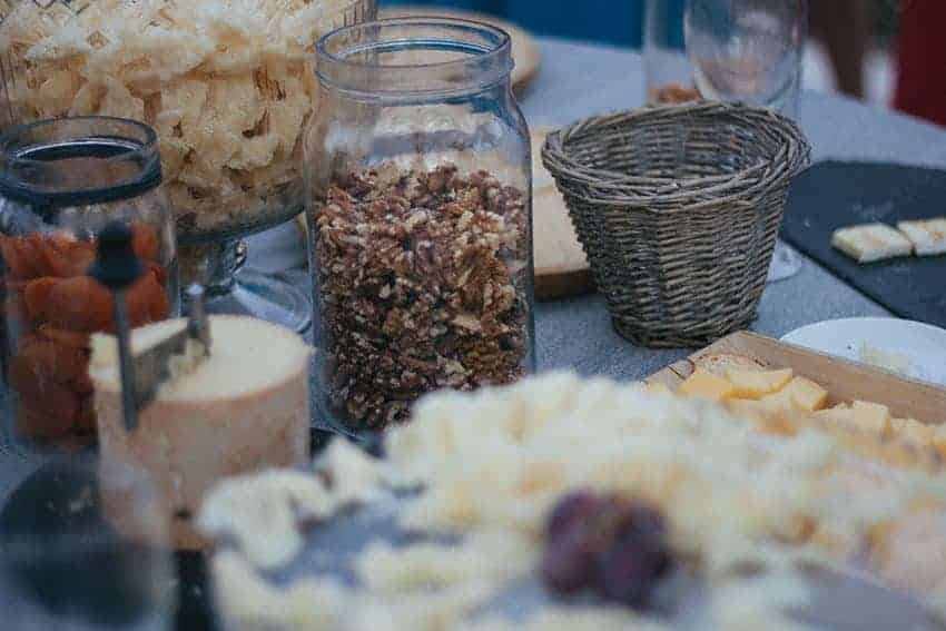 buffet y corner de quesos