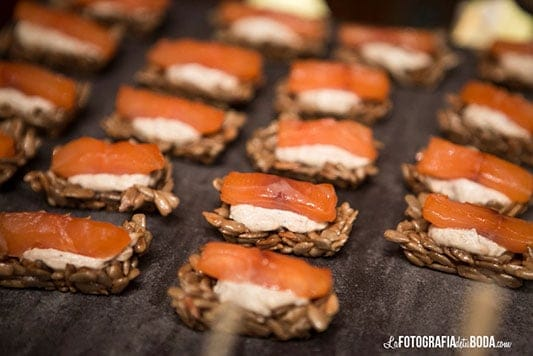 Feria-Love-and-Vintage-catering-salmon